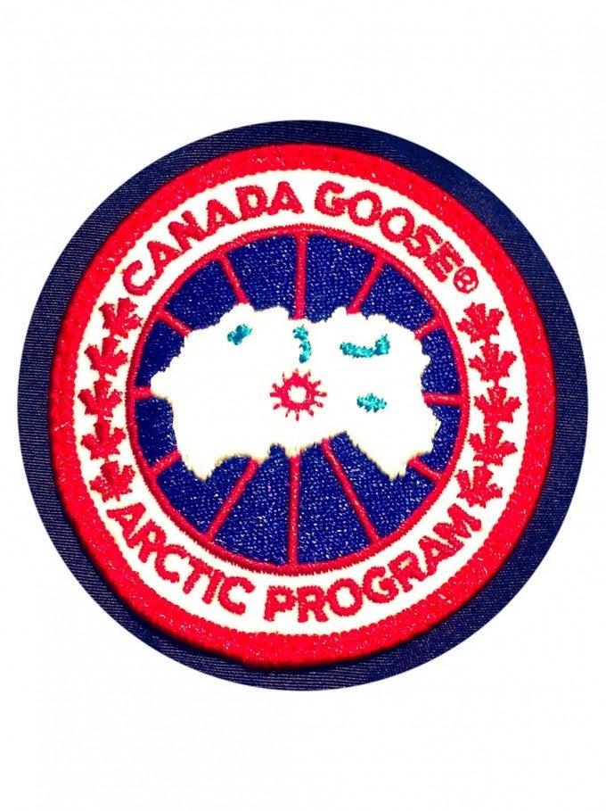 「カナダグース ロゴ」の画像検索結果