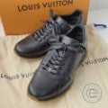 ルイヴィトン Supremeシュプリームコラボ Run Away Sneaker レザー スニーカー6.5の買取実績です。