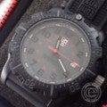 ルミノックス 8800 Series ネイビーシールズ 20周年記念モデル Ref.8802 BLACK OPS PC CARBON クオーツ腕時計の買取実績です。
