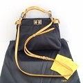 FENDI【フェンディ】シルクサテン×パイソン ミニピーカブー 2WAYバッグの買取実績です。