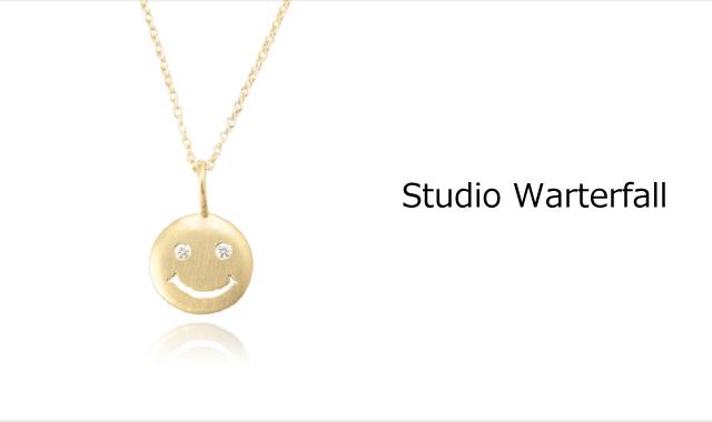 スタジオウォーターフォールの高価買取ならお任せ下さい。