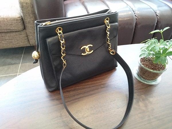 エコスタイル広尾店でシャネル(chanel)のチェーンバッグを買取りました。