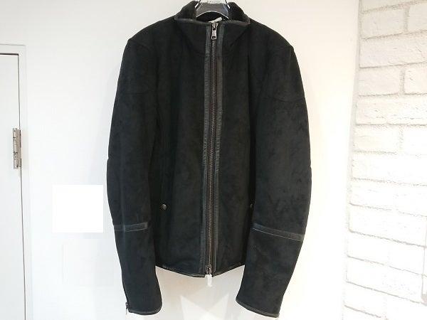 8317の黒 ムートンジップアップジャケットの買取実績です。