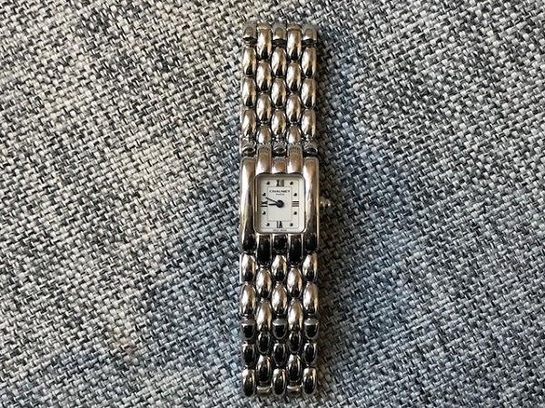 ショーメ(chaumet)の傷などがある腕時計をお買取いたしました。