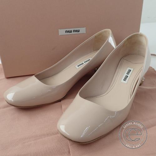 ミュウミュウのラインストーン付チャンキーヒールパンプス買取。ブランド靴売るならエコスタイルへ