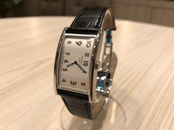 ティファニーのイーストウエスト クオーツ腕時計 レディースの買取実績です。