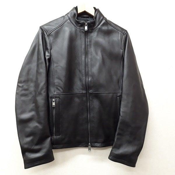 ヒューゴボスの黒 ラムレザー シングルライダースジャケットの買取実績です。