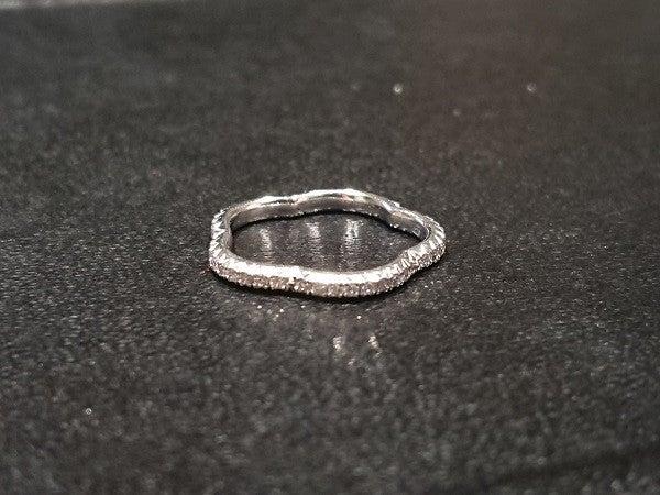 シャネルの750 カメリア ダイヤモンドリングの買取実績です。