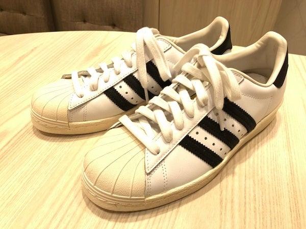 エコスタイル渋谷店では、アディダス(adidas)のスニーカーを買取ました。