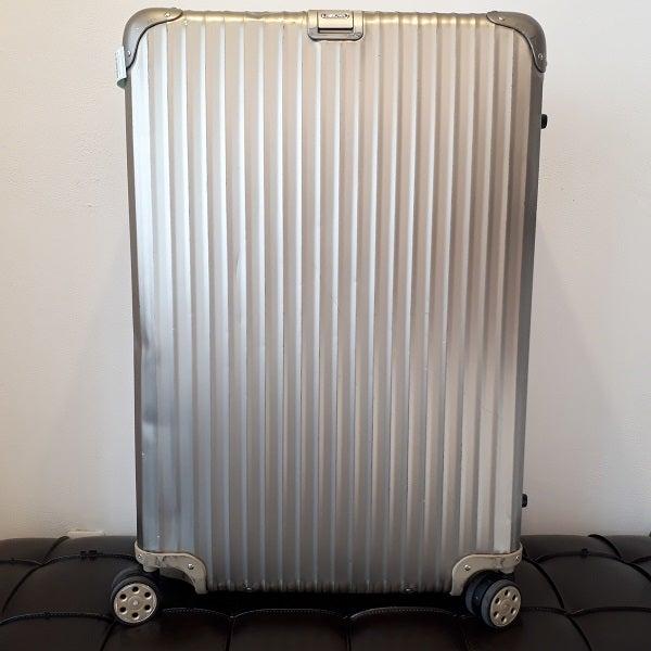 リモワのトパーズチタニウム98Lスーツケース買取。東京都港区のブランド&ファッション買取店エコスタイル広尾店