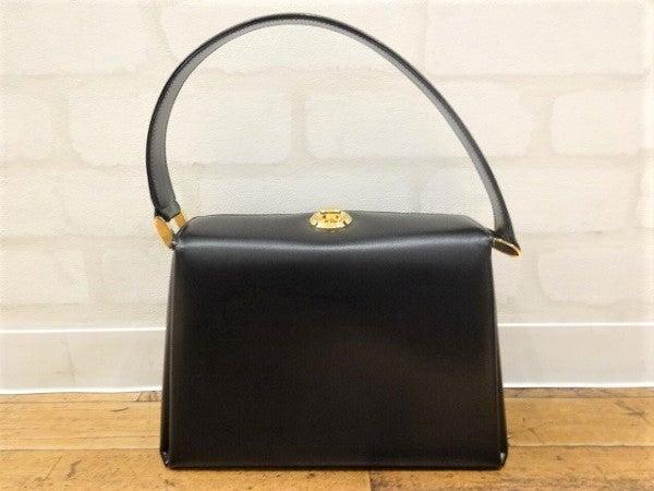 濱野皮革工藝の黒 レザー コキーユ ハンドバッグの買取実績です。