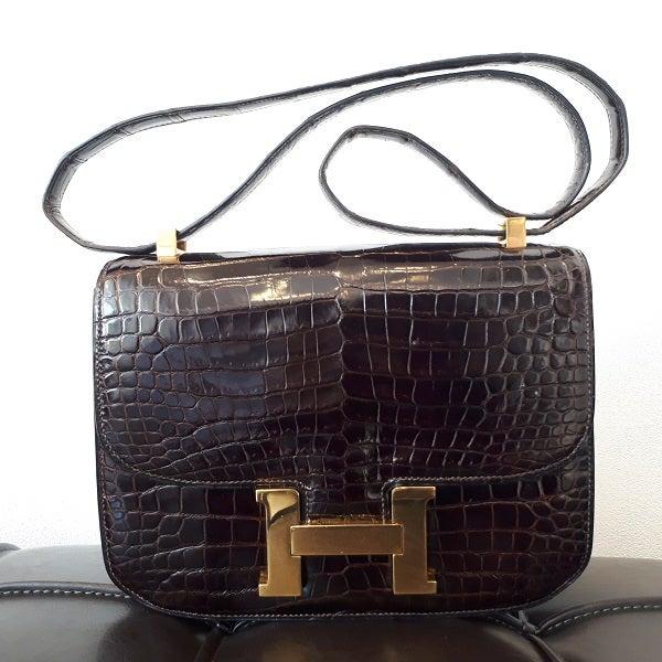 エルメスの1972年製 クロコダイル コンスタンス23 バッグの買取実績です。