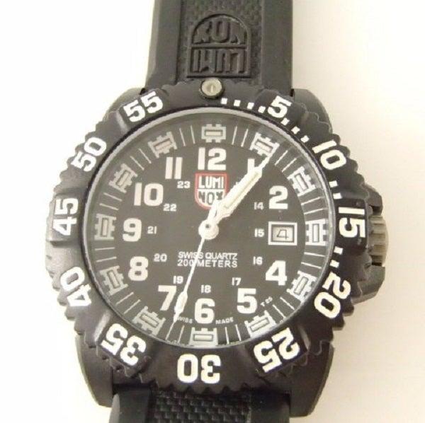 2778のRef:3051 ネイビーシール カラーマーク 腕時計の買取実績です。