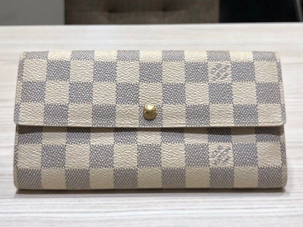 エコスタイル渋谷店では、ルイヴィトン(LOUIS VUITTON)の財布を買取ました。