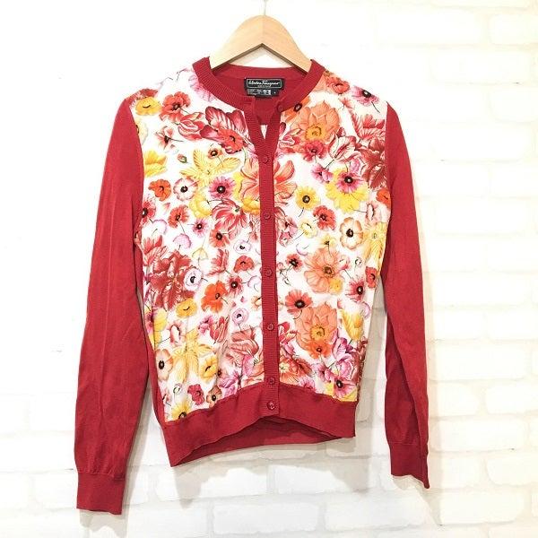 フェラガモの洋服をエコスタイル新宿店でお買取りいたしました。