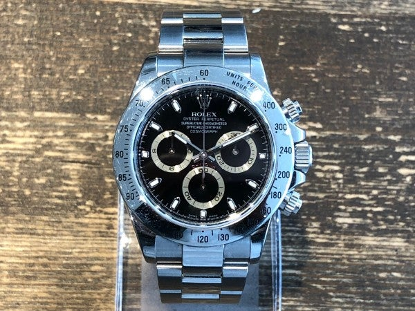 ロレックスのコスモグラフデイトナ Ref.116520 M番 SS 黒文字盤 自動巻き時計の買取実績です。