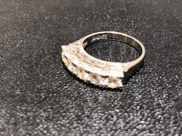 ダイヤモンドのPT900 1ct リングの買取実績です。
