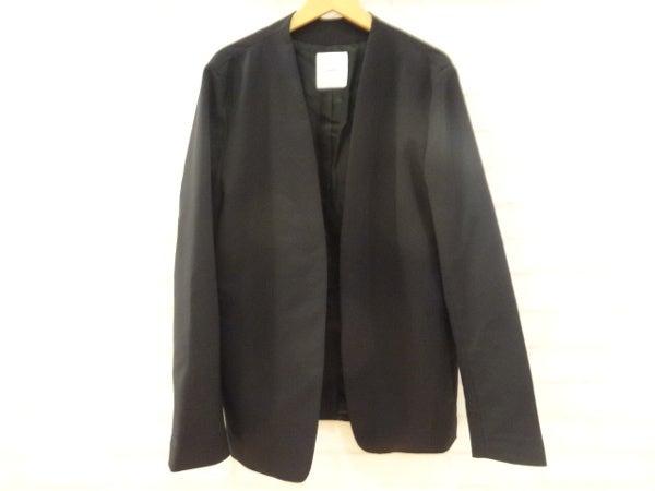 ルイス(Lui's)の黒ノーカラージャケットを買取致しました。エコスタイル銀座本店です。