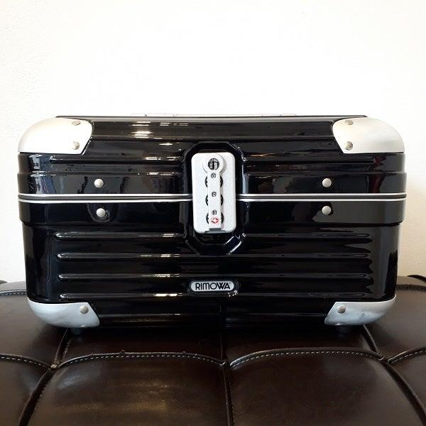 リモワの880.38 リンボ  ビューティーケース/スーツケース 15Lの買取実績です。